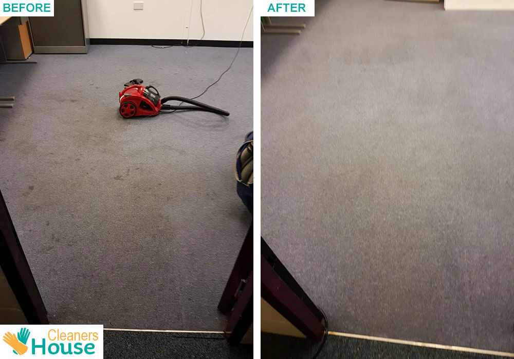 Romford cleaning carpets RM1