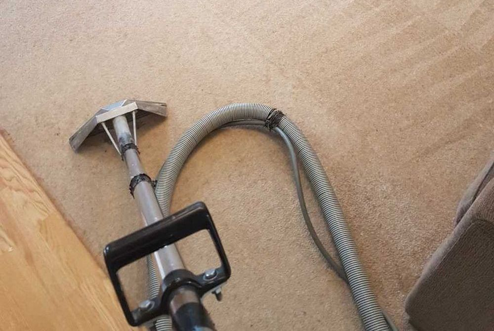 rug cleaners  TW17